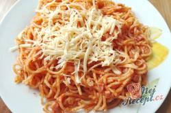 Příprava receptu Milánské špagety se salámem a sýrem, krok 1