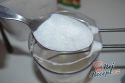 Příprava receptu Jablečný koláč se sněhovou peřinkou, krok 7