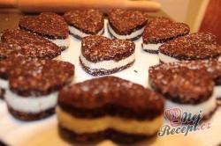 Příprava receptu Nepečené, zdravé Oreo sušenky bez cukru, krok 10