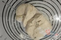 Příprava receptu Nadýchaný, měkký a křupavý domácí chlebíček, krok 4