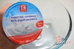 Příprava receptu Výborné jogurtové placky plněné lahodným sýrem připravené za 30 minut, krok 1