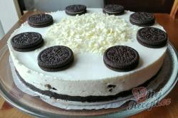 Příprava receptu Oreo cheesecake připraven za 30 minut bez pečení, krok 1