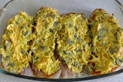 Příprava receptu Zapékaná kuřecí prsa s peřinkou, krok 4