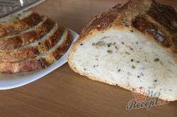 Příprava receptu Zázračný chlebíček bez hnětení, krok 10