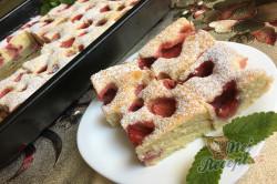 Příprava receptu Jemná jahodová bublanina, krok 13
