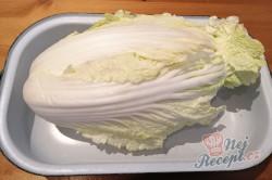 Příprava receptu Fantastická chuťovka namísto chlebíčků - plněné čínské zelí, krok 3