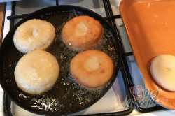 Příprava receptu Fantastické máslové koblihy s domácí marmeládou, krok 3