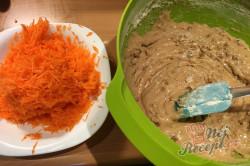 Příprava receptu Mrkvový dort ZAJÍČEK, krok 5