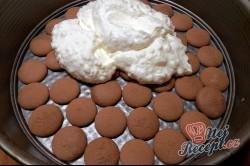 Příprava receptu Nepečený broskvový dort, krok 6