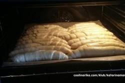 Příprava receptu Nejjemnější jednoduché domácí rohlíky, krok 2