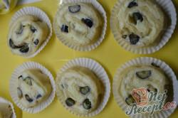 Příprava receptu Šneci s vanilkovým pudinkem a borůvkami, krok 6