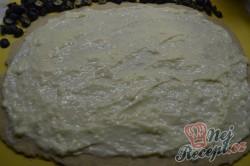 Příprava receptu Šneci s vanilkovým pudinkem a borůvkami, krok 4