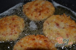 Příprava receptu Rýžovo česnekové placičky, krok 2