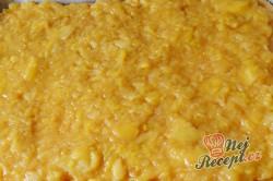 Příprava receptu Jablečné řezy s pěnou a ořechy, krok 4