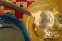 Příprava receptu Nepečený dort s vanilkovým krémem, krok 3