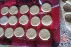 Příprava receptu Domácí koblihy s tvarohovým překvapením, krok 7