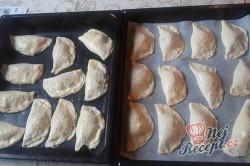 Příprava receptu Pizza kapsičky se šunkou a sýrem, krok 12