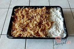 Příprava receptu Sypaná hrnková buchta s jablky, krok 5