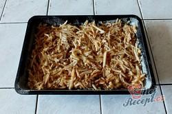 Příprava receptu Sypaná hrnková buchta s jablky, krok 6