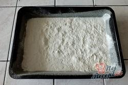 Příprava receptu Sypaná hrnková buchta s jablky, krok 4