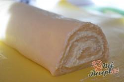 Příprava receptu Rolované koláčky s tvarohem a hruškovými povidly, krok 4