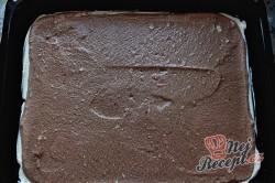 Příprava receptu Čokoládová roláda s tvarohem a banánem, krok 9