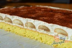 Příprava receptu Šlehačkové řezy s kávovými piškoty, krok 4