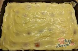 Příprava receptu Pudinková lahůdka s lístkovým těstem a piškoty, krok 2