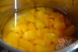 Příprava receptu Meruňkovo-jogurtový dort BEZ PEČENÍ, krok 5