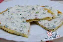 Příprava receptu Výborné jogurtové placky plněné lahodným sýrem připravené za 30 minut, krok 13