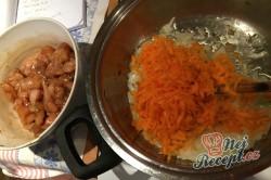 Příprava receptu Kuřecí kousky v krémově hořčičné omáčce, krok 5