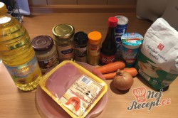 Příprava receptu Kuřecí kousky v krémově hořčičné omáčce, krok 1