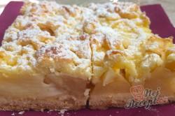 Příprava receptu Fantastický koláček jablíčka v oblacích, krok 10