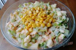 Příprava receptu Výborný celerový salát, který dokonale nahradí oblíbený bramborový salát, krok 3