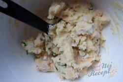 Příprava receptu Bramborové domácí krokety se sýrem a šunkou, krok 3
