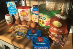 Příprava receptu Dvoubarevný tvarohový koláč s ovocem, krok 1