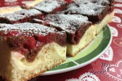 Příprava receptu Dvoubarevný tvarohový koláč s ovocem, krok 12