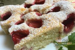 Příprava receptu Jemná jahodová bublanina, krok 12