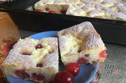 Příprava receptu Maďarský tvarohový koláč s třešněmi, krok 10