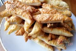 Příprava receptu Mega chutné tyčinky ze zakysané smetany, krok 1
