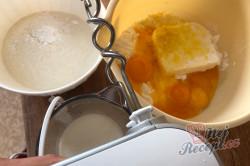 Příprava receptu Nejlepší jablečný koláč s kokosovou pěnou, který se rozplývá na jazyku, krok 1