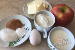 Příprava receptu 7 minutkove krakovské lívance z jablíčka. Dokonalé měkkoučké lívance bez čekání., krok 1