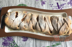 Příprava receptu Dokonalé šlehačkové těsto na nejlepší domácí štrúdl. Úžasně jemné, lahodné a dobře s ním pracuje., krok 11