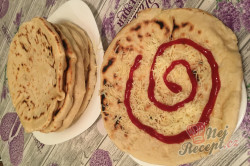 Příprava receptu Nejlepší náhrada chleba z hrnečku. Placky z bílého jogurtu, které zvládne připravit i začátečník., krok 8
