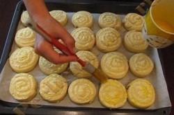 Příprava receptu Šneci z kynutého těsta, krok 4