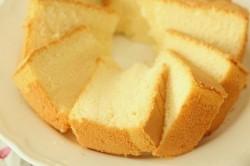 Příprava receptu Nejjednodušší piškotové těsto na koláče a dorty, krok 7