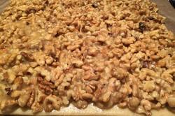 Příprava receptu Fenomenální medové řezy s ořechy, krok 7
