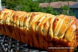 Příprava receptu Česnekový trhací chlebíček, krok 5