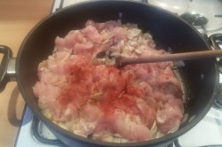 Příprava receptu Kuřecí prsa na žampionech s rýží, krok 3