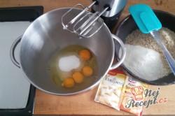 Příprava receptu Karamelově ořechové řezy, krok 1